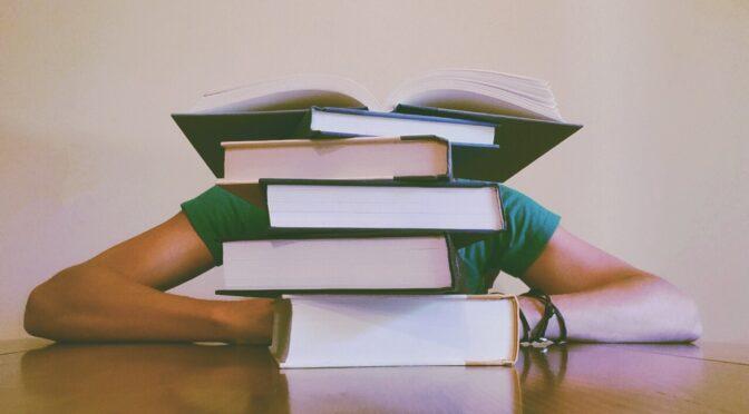 {LIRE EN LICENCE, PARTIE 1} Peut-on vraiment lire seul ? – avec banque de lectures preliminaires